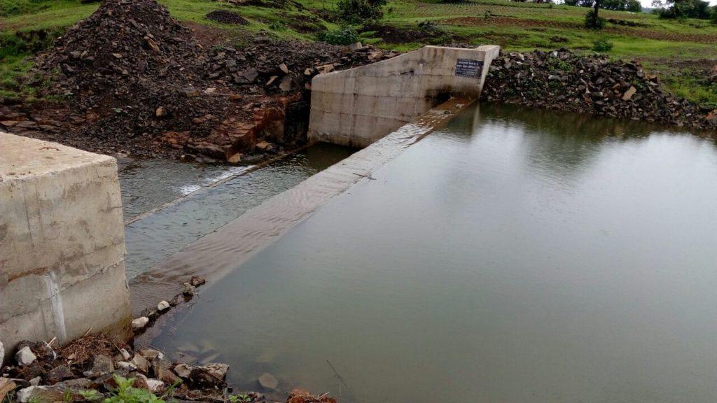 water conservaation, watergreed, cm maharashtra, 35 lakh, ज्येष्ठ पत्रकार सतीश कामत,सिंचन योजना