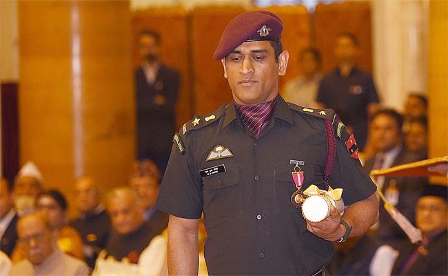 MS Dhoni, Dhoni retirement, Dhoni west indies tour, Dhoni in Army, paratrooper regiment